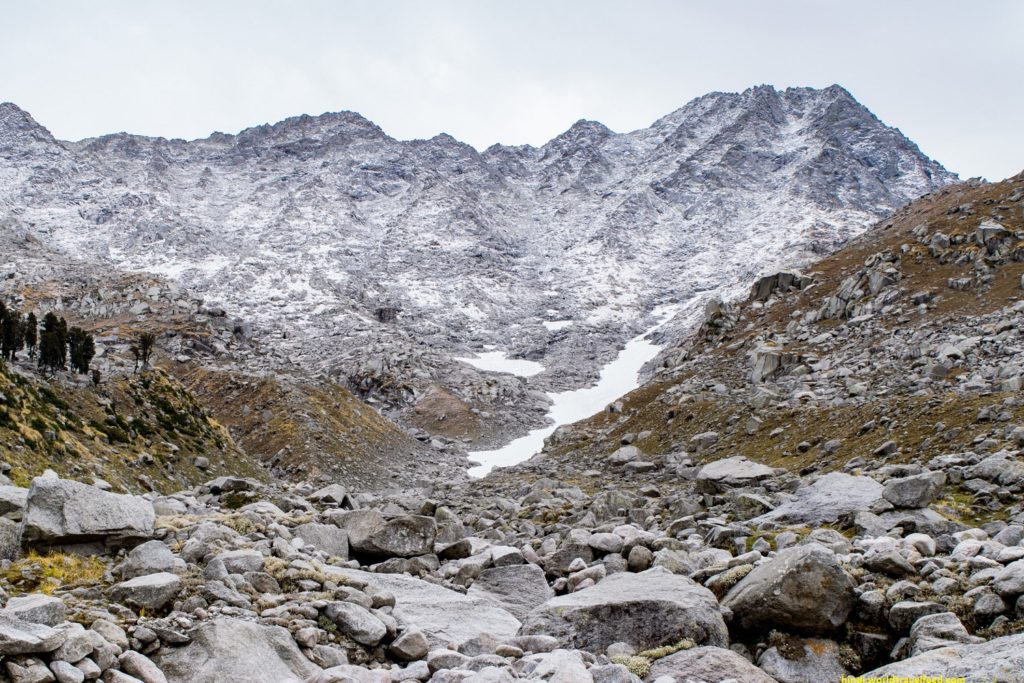 WAY-TO-INDRAHAR-PASS