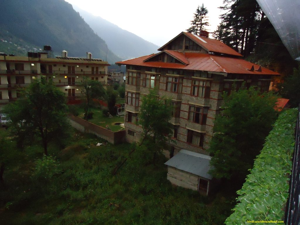 Top-6-Hotels-in-Nainital
