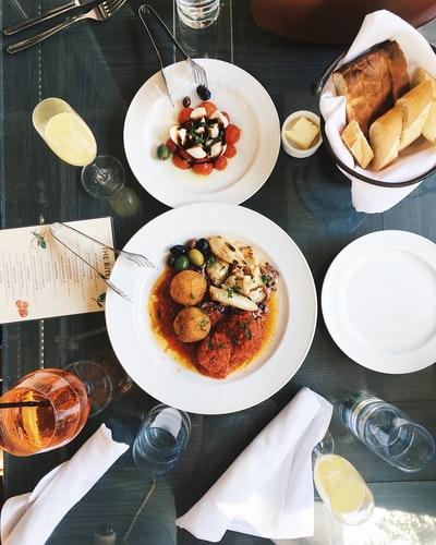 5 Best Hotels and Restaurants in Binsar